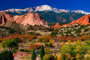 Pikes-Peak-Mountain-View-Colorado-Springs-Colorado